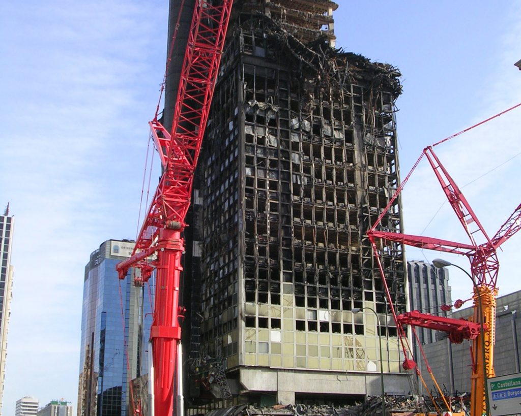 Oficina-Tecnica-de-Ingenieria-Forense-Edificio-Windsor-2